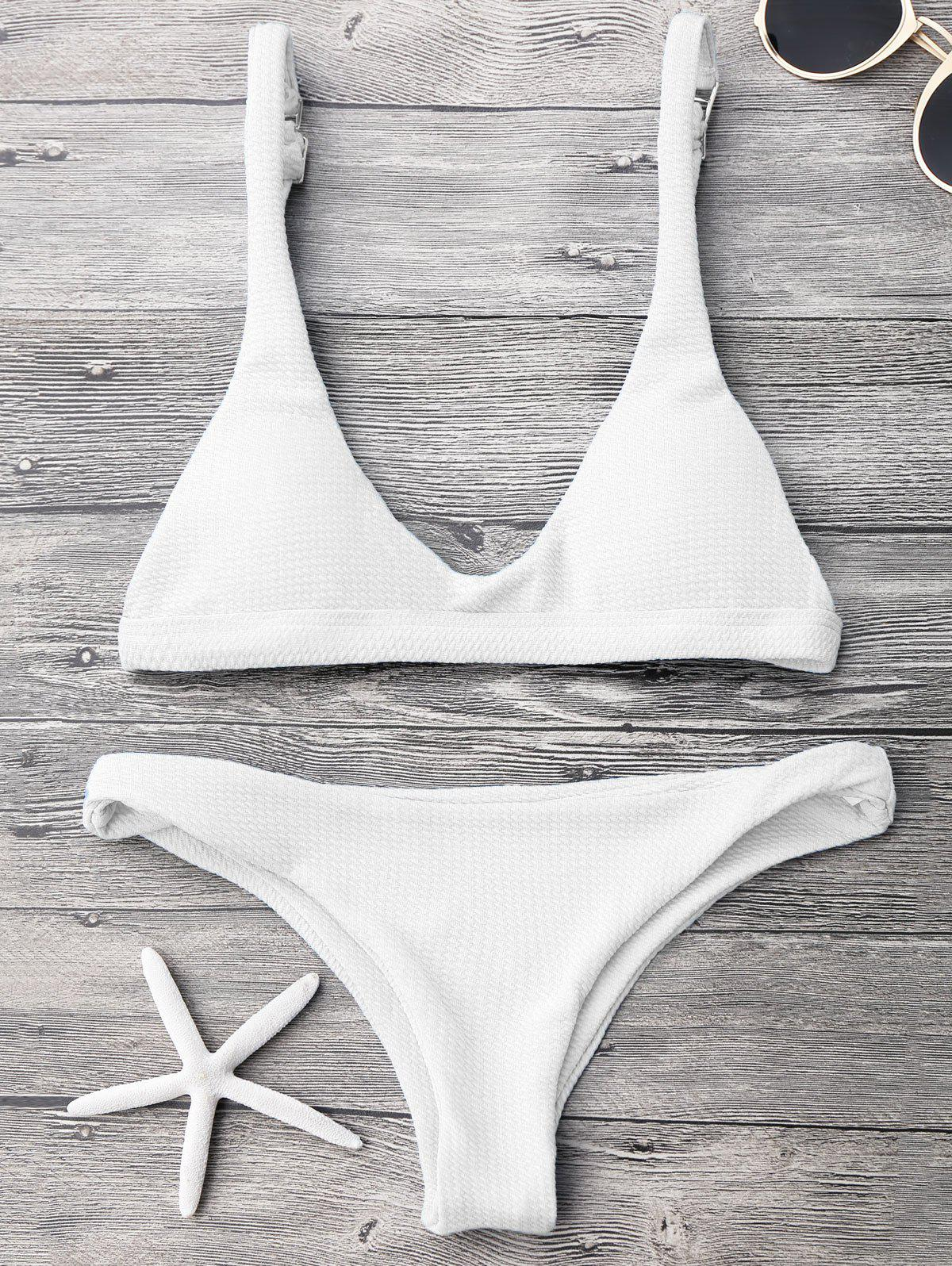 Padded Scoop Neck Bikini SetWOMEN<br><br>Size: M; Color: WHITE; Swimwear Type: Bikini; Gender: For Women; Material: Polyester,Spandex; Bra Style: Padded; Support Type: Wire Free; Neckline: Scoop Neck; Pattern Type: Solid; Waist: Low Waisted; Elasticity: Elastic; Weight: 0.2000kg; Package Contents: 1 x Top  1 x Bottoms;
