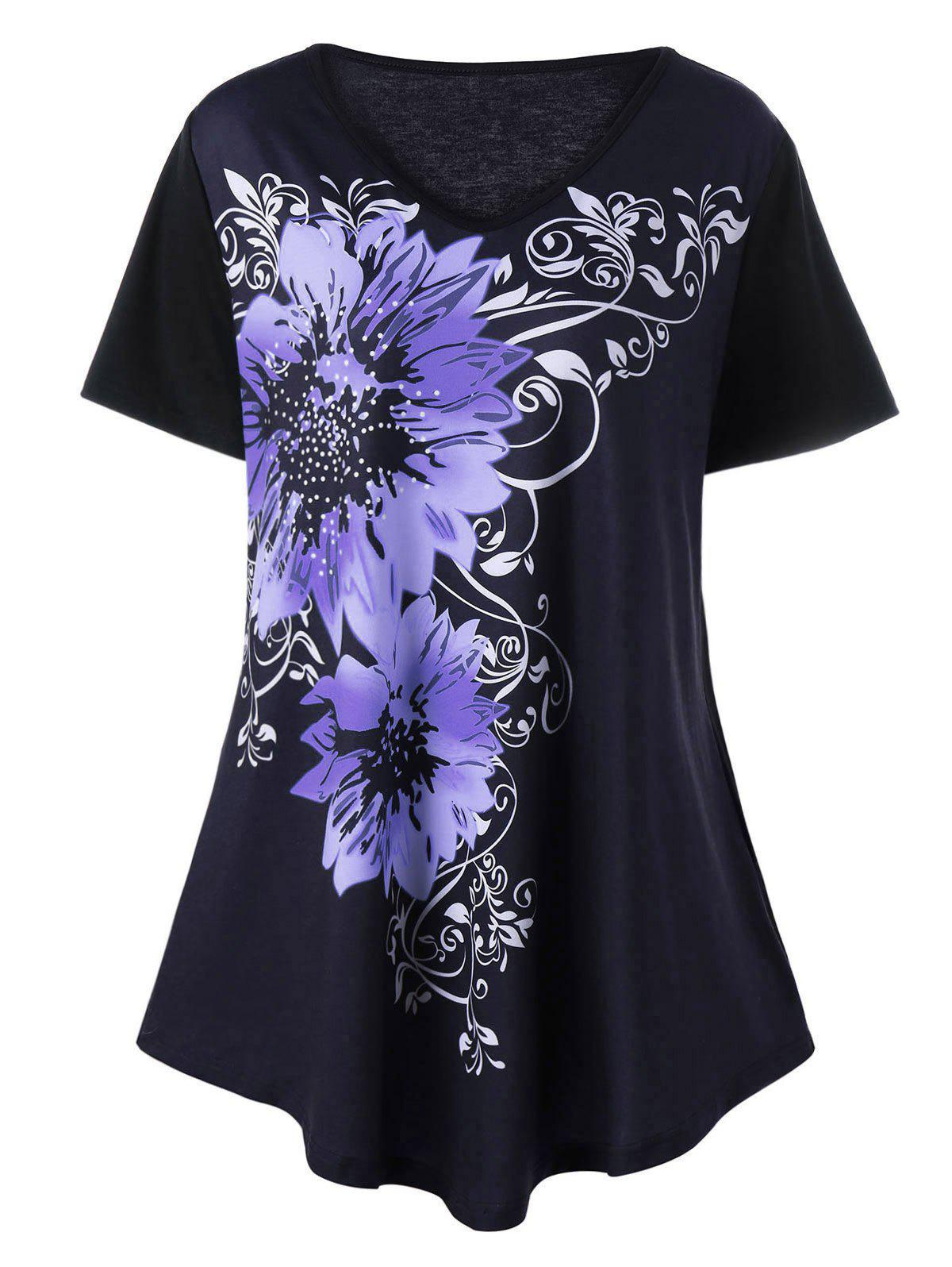 Plus Size V Neck Floral Graphic T-ShirtWOMEN<br><br>Size: 3XL; Color: PURPLE; Material: Cotton,Cotton Blends; Shirt Length: Regular; Sleeve Length: Short; Collar: V-Neck; Style: Fashion; Season: Spring,Summer; Pattern Type: Floral; Weight: 0.2800kg; Package Contents: 1 x Tee;