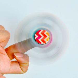 Anti-Stress Toy Colorful Zig-Zag Triangle Fidget Spinner - MULTICOLOR
