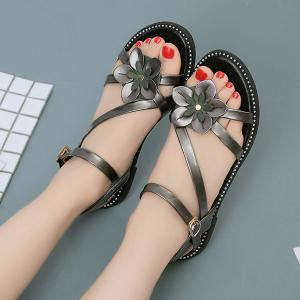 Floral Stitching Strap Flat Sandals - CHAMPAGNE 39