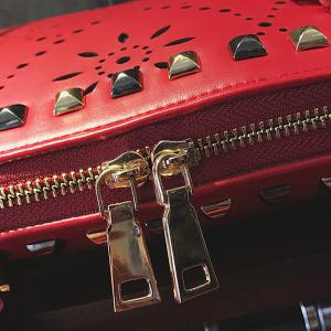 Hollow Out Stud Handbag - Rouge