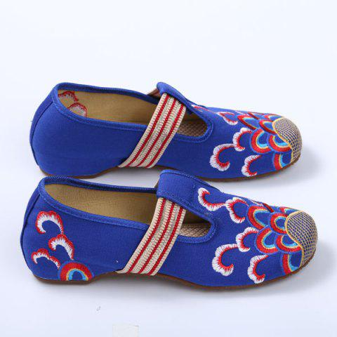 Sale Striped Pattern Embroidery Flat Shoes - 37 ROYAL Mobile