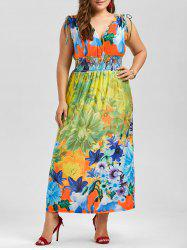 Plus Size Plunging Neck Sleeveless Floral Dress