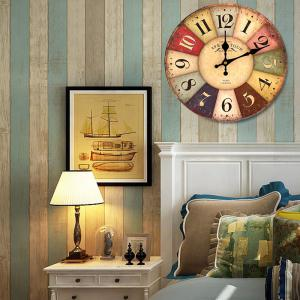 Europe Vintage Round Wood Mute Analog Wall Clock - COLORMIX