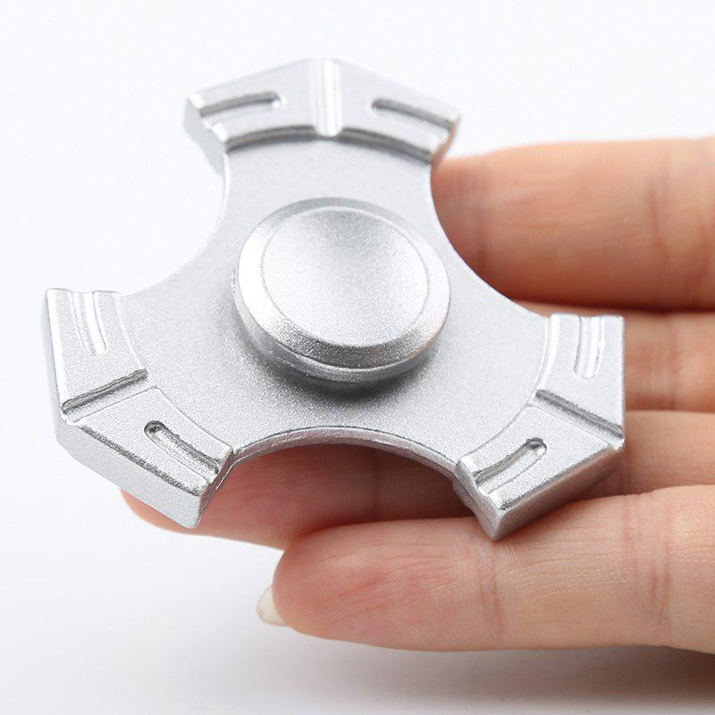 Zinc Alloy Tri-bar Fidget Hand Spinner Focus Toy