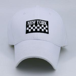 New York Checked Embroidery Adjustable Baseball Hat - WHITE