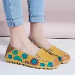 Faux Leather Flower Print Flat Shoes