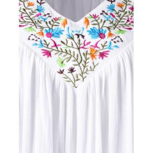 Embroidery V Neck Plus Size Blouse - WHITE 5XL
