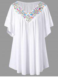 Broderie V Neck Plus Size Blouse - Blanc