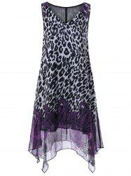 V Neck Leopard and Paisley Plus Size Dress