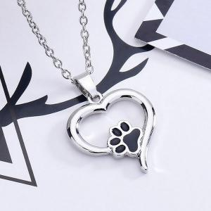 Love Heart Shape Claw Pendant Necklace -
