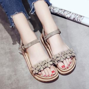 Platform Flowers Belt Buckle Sandals - Gray - 38