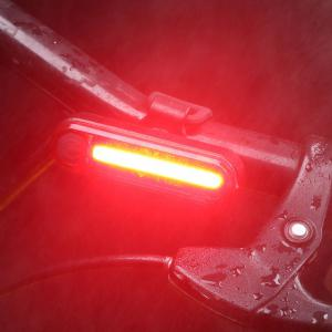 Outdoor Sport Cycling Clip On USB Charging Bicycle Light - RED