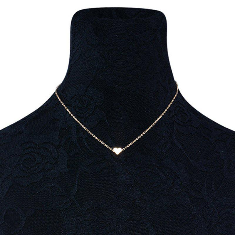 Heart Shape Collarbone NecklaceJEWELRY<br><br>Color: GOLDEN; Item Type: Pendant Necklace; Gender: For Women; Style: Trendy; Shape/Pattern: Heart; Length: 45CM; Weight: 0.0300kg; Package Contents: 1 x Necklace;