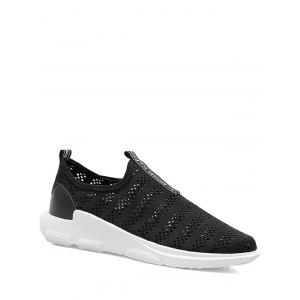 Letter Pattern Breathable Athletic Shoes
