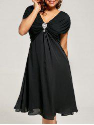 Plus Size Cap Sleeve Chiffon Ruched Dress - BLACK