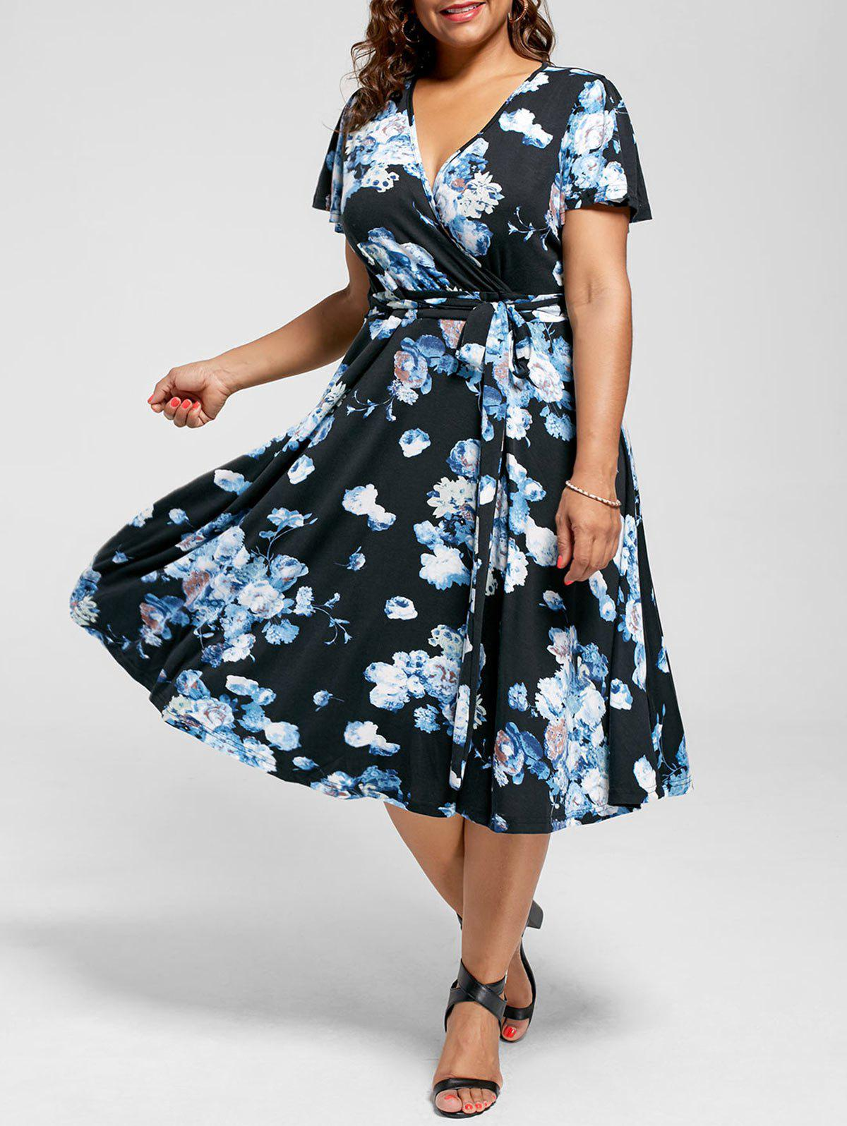 Plus Size V Neck Floral Tea Length DressWOMEN<br><br>Size: 8XL; Color: BLUE; Style: Cute; Material: Polyester; Silhouette: A-Line; Dresses Length: Mid-Calf; Neckline: V-Neck; Sleeve Length: Short Sleeves; Pattern Type: Floral; With Belt: Yes; Season: Summer; Weight: 0.4300kg; Package Contents: 1 x Dress  1 x Belt;