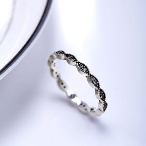 Rhinestone Circle Sterling Silver Finger Ring - SILVER 6
