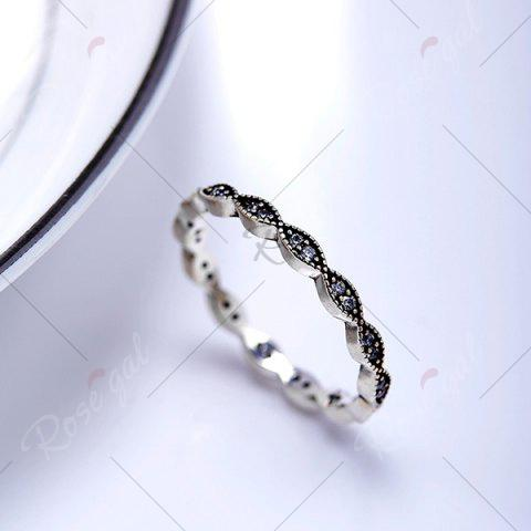 Fancy Rhinestone Circle Sterling Silver Finger Ring - 6 SILVER Mobile