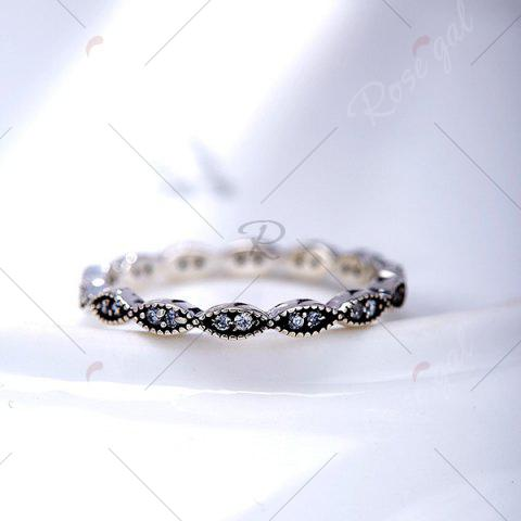 Trendy Rhinestone Circle Sterling Silver Finger Ring - 8 SILVER Mobile