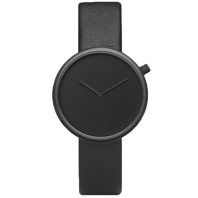Minimalist Faux Leather Strap Round Analog WatchJEWELRY<br><br>Color: BLACK; Gender: For Unisex; Style: Fashion; Type: Quartz watch; Index Dial: Analog; Case material: Alloy; Band material: PU Leather; Movement: Quartz; Dial Shape: Round; Water-Proof: No; Case Thickness(MM): 8mm; Dial Diameter: 4cm; Band Length(CM): 24cm; Band Width(CM): 2cm; Package Contents: 1 x Watch;