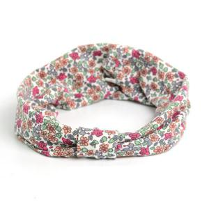 Vintage Tiny Flowers Pattern Snood