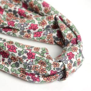 Vintage Tiny Flowers Pattern Snood - RED