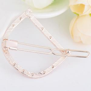 Rhinestone Hollow Out Letter D Hair Clip -