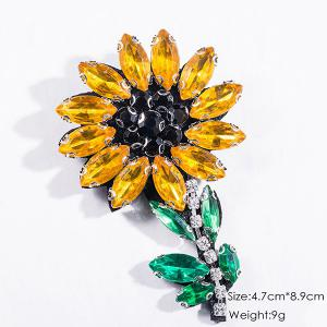 Sparkly Faux Crystal Flower Brooch - YELLOW