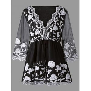 Plus Size Lace Panel Floral Embroidered Top - White And Black - 5xl