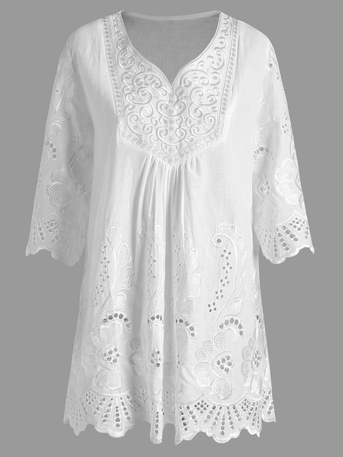 8f0e5d25c4977 2019 Plus Size V Neck Embroidered Tunic Top