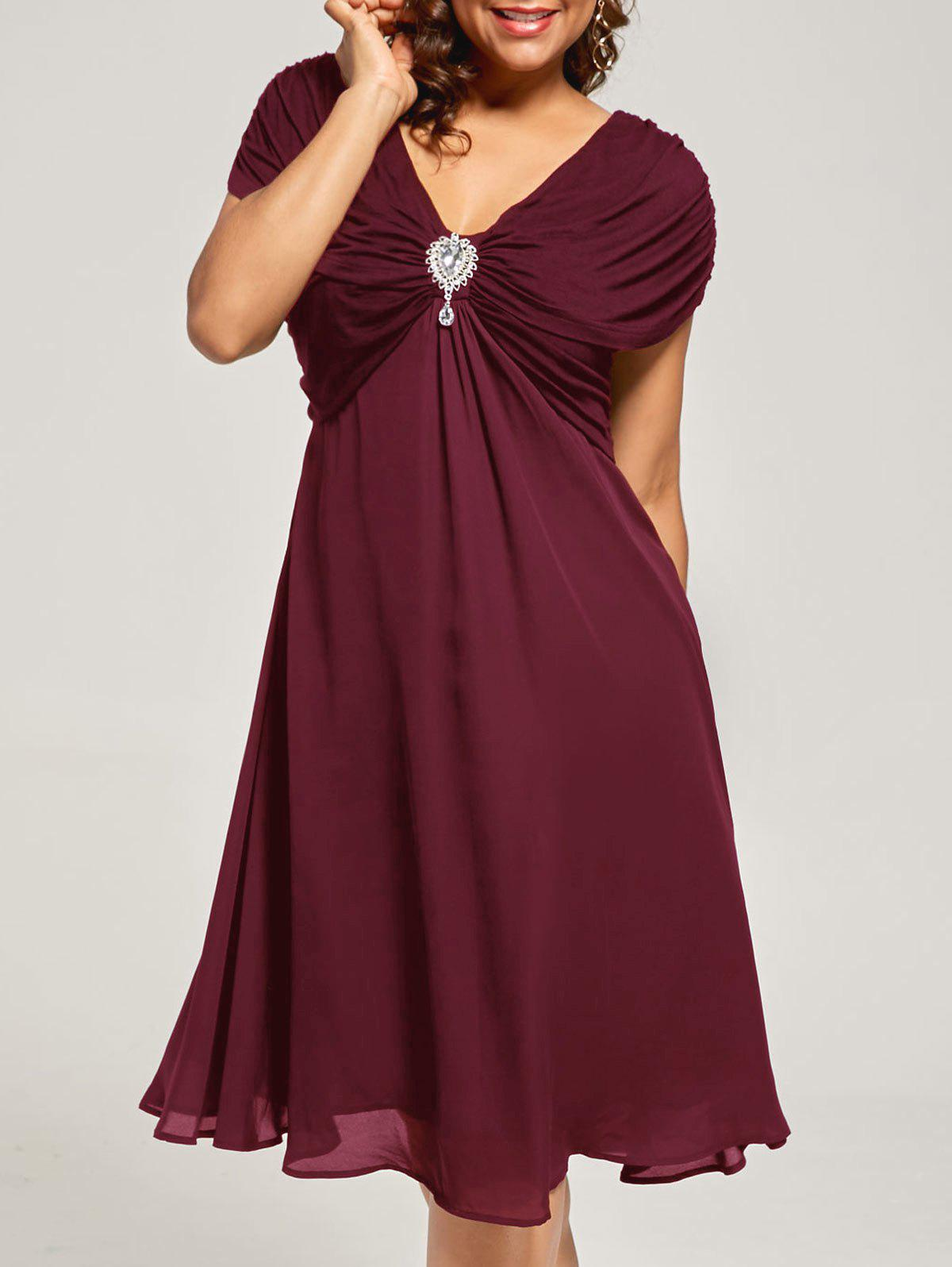 Plus Size Cap Sleeve Chiffon Ruched DressWOMEN<br><br>Size: XL; Color: WINE RED; Style: Brief; Material: Rayon,Spandex; Silhouette: A-Line; Dresses Length: Knee-Length; Neckline: V-Neck; Sleeve Length: Short Sleeves; Pattern Type: Solid Color; With Belt: No; Season: Summer; Weight: 0.4500kg; Package Contents: 1 x Dress;
