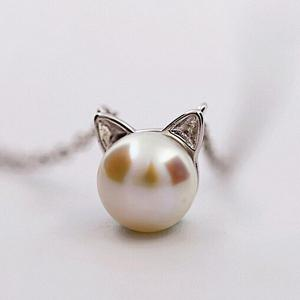 Faux Pearl Kitten Tiny Charm Necklace