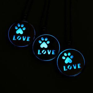 Glow in the Dark Claw Footprint Collier d'amour -
