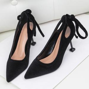 Velvet Strange Style Hollow Out Pumps - BLACK 37