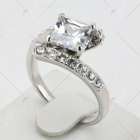 Fashion Rhinestone Sparkly Faux Crystal Finger Ring - 8 SILVER Mobile