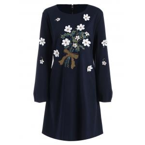 Plus Size Floral Applique Long Sleeve Shift Dress