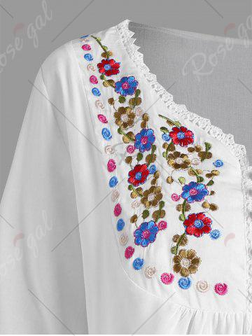 Chic Plus Size Floral Embroidered Tunic Top - XL WHITE Mobile