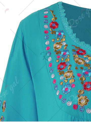 Outfits Plus Size Floral Embroidered Tunic Top - 3XL LAKE BLUE Mobile