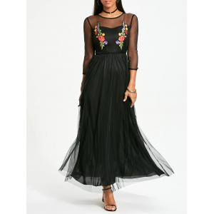 Flower Embroidery Long Sleeve Maxi Yarn Dress