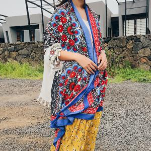 Ethnic Flowers Printed Cotton Blended Shawl Scarf