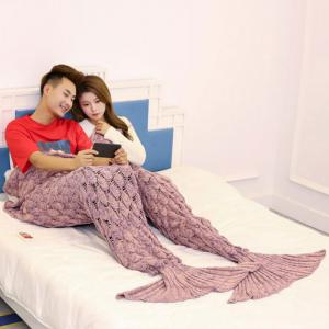 Crochet Fish Scale Pattern Mermaid Blanket For Lovers - PINK 180*155CM