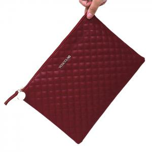 Faux Leather Quilted Clutch Bag - WINE RED