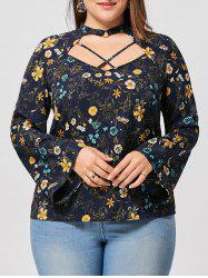 Plus Size Flare Sleeve Floral Keyhole Blouse