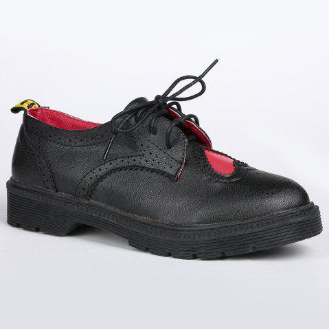 Hot Heart Pattern Wingtip Lace Up Flat Shoes