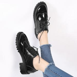 Patent Leather Wingtip Lace Up Flat Shoes - BLACK 38