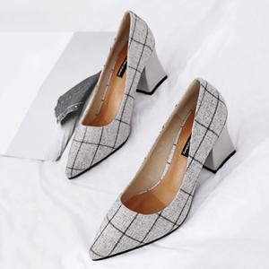 Pointe au pied Chunky Heel Plaid Pumps -