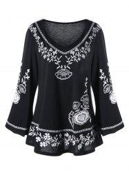 Plus Size Monochrome Floral Bell Sleeve Top - Black - 5xl