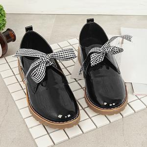 Bowknot Faux Leather Flat Shoes -