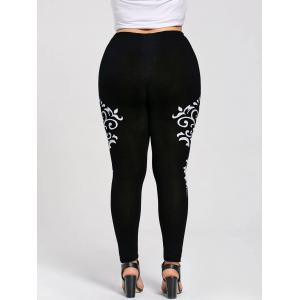 Plus Size Monochrome Bandana Floral Leggings - BLACKS XL